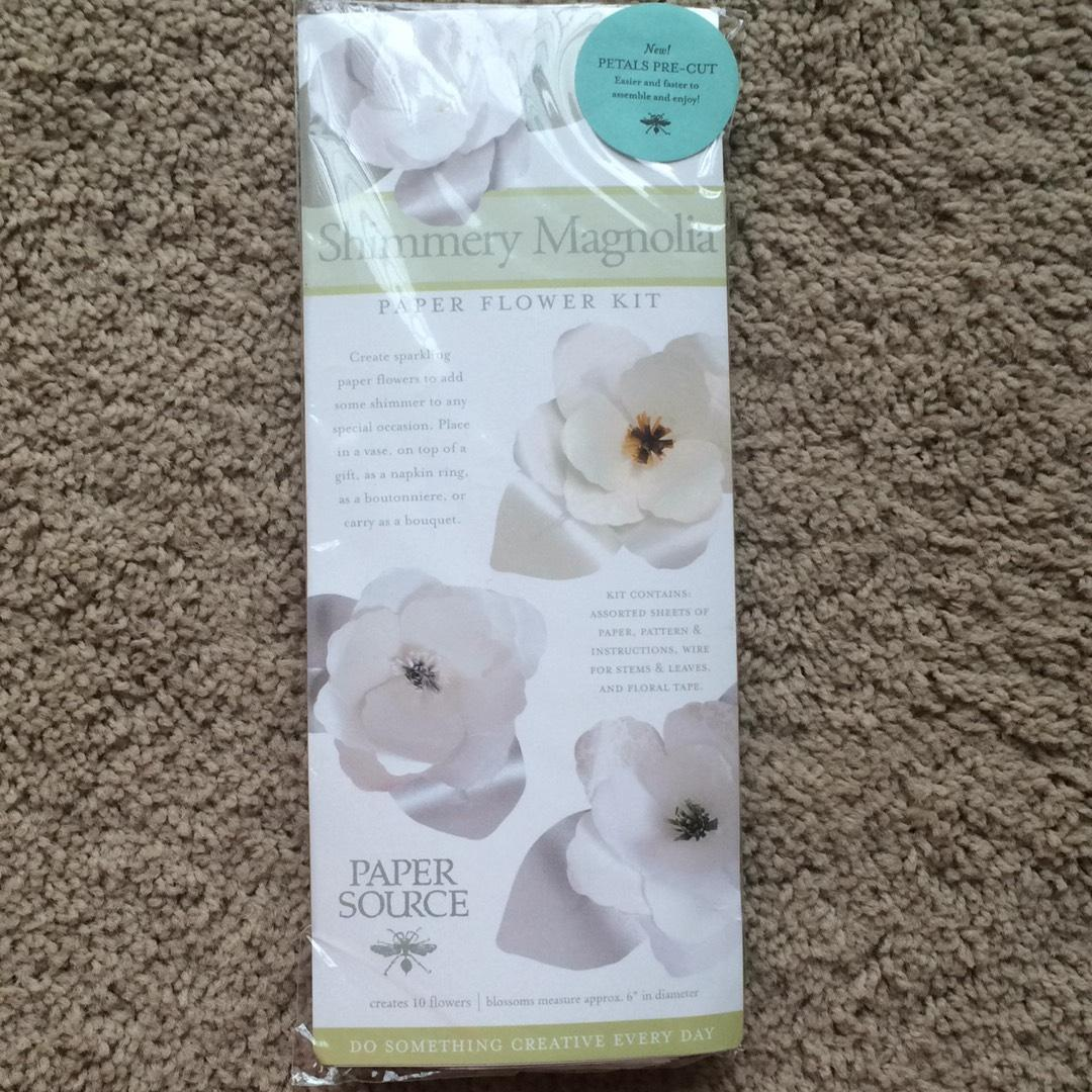 Paper Source Magnolia Flower Kit