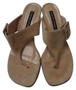 Adrienne Vittadini Kitten Heel Sandals W Side Buckle Synthetic B3145 Tan Pumps