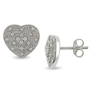 Amour 10k White Gold 15 Ct Tdw Diamond Heart Stud Earrings
