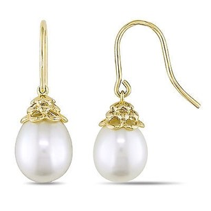 Amour Amour 14k Yellow Gold White Cultured Freshwater Pearl Drop Earrings 9-10 Mm