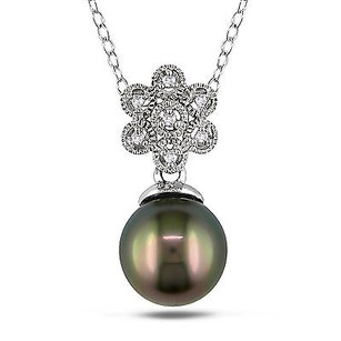 Amour Amour Sterling Silver Tahitian Pearl And Diamond Pendant Necklace 18