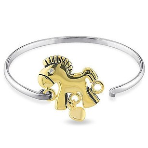 Amour Two-tone Sterling Silver Childrens White Topaz Horse Bangle Bracelet 6