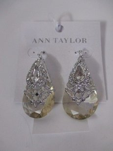Ann Taylor Ann Taylor Pearl Drop Earrings