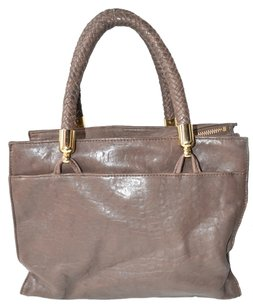 Badgley Mischka Tote in BROWN/TAUPE