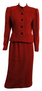 Balmain Pierre Balmain Red and Black Wool Houndstooth 2pc Skirt Suit Size 6