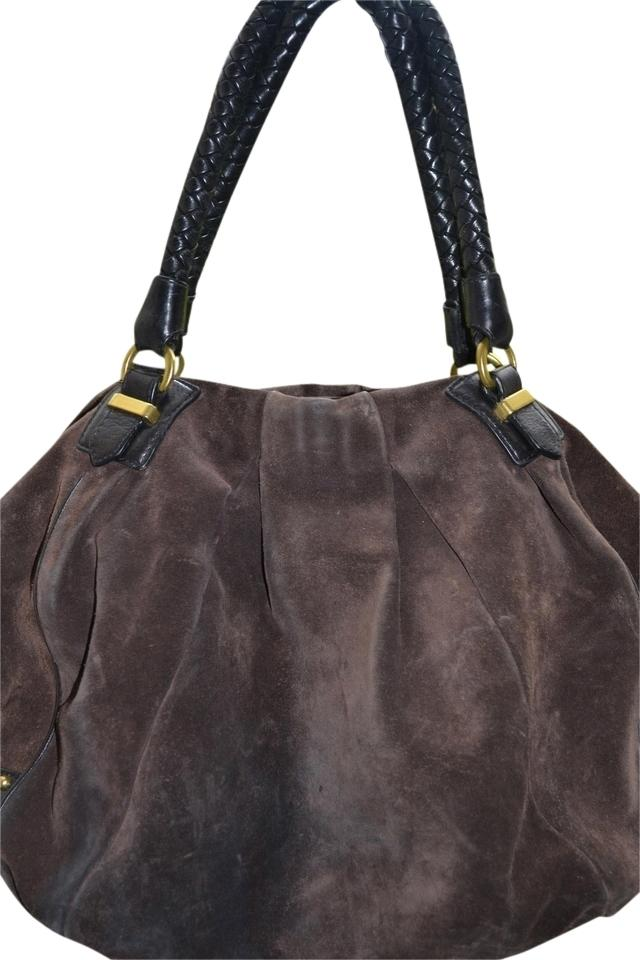 Banana Republic leather handbags are crafted in the latest designer styles. Our leather handbags are available in totes, hobos, satchels, clutches and shoulder bags.