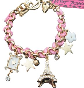 Betsey Johnson Gorgeous Betsey Johnson French Eiffel Tower Charm Bracelet