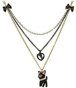 Betsey Johnson Betsey Johnson Dollhouse Cat Necklace Multichain Faux Pearl B04088