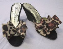 Beverly Feldman Dare Black and browns Platforms