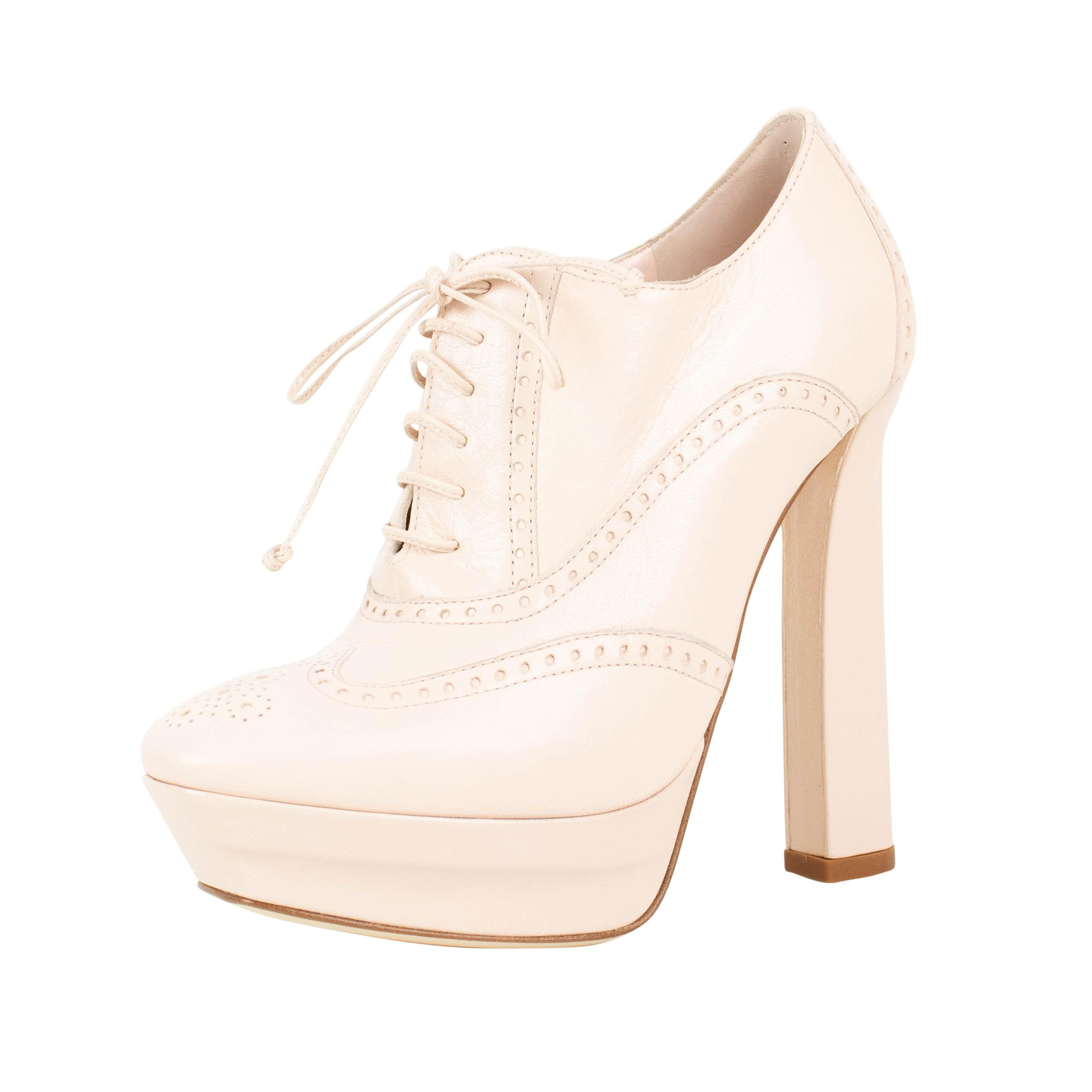 Bottega Veneta Pale Pink Leather Oxford Heels Platforms Size US 6 Regular (M, B)
