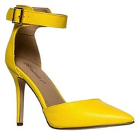 Breckelle's Ankle-strap Breckelles Yellow Pumps
