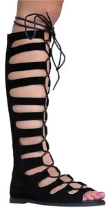 Breckelle's Black Sandals