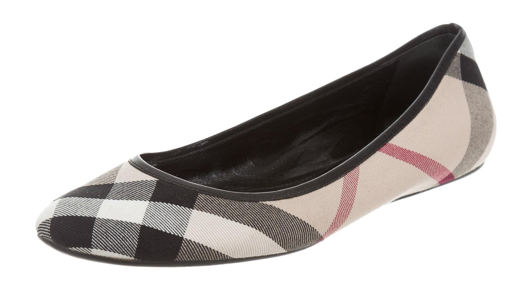 Burberry Canvas Round-Toe Flats sale really discount real collections cheap online WjJSo