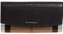 Burberry Burberry Flap Wallet