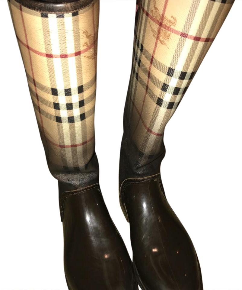 Burberry rain boot