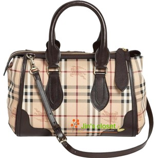 Burberry Satchel in chocolate