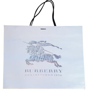 Burberry Shopping Tote in light beige