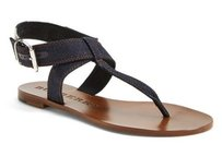 Burberry Kingston Thong Sandals