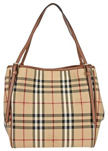 Burberry Women's Tote in Honey/Tan