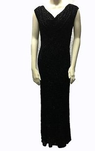 Carmen Marc Valvo Collection Full Length Scoop Neck Gown Hs2395 Dress