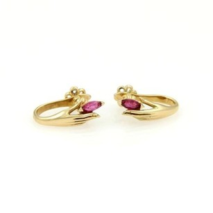 Carrera y Carrera Carrera Y Carrera 18kt Yellow Gold Rubies Lady Hand Earrings