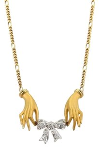 Carrera y Carrera Carrera Y Carrera Hands Diamond Bow Necklace In 18k Yellow Gold