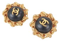 Chanel Auth CHANEL Round Goldtone and Black Leather