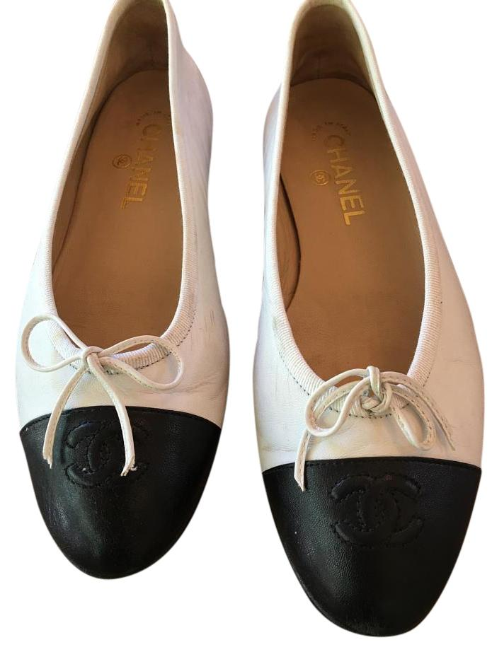 Chanel black and white ballerina flats