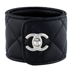 Chanel Chanel leather cuff