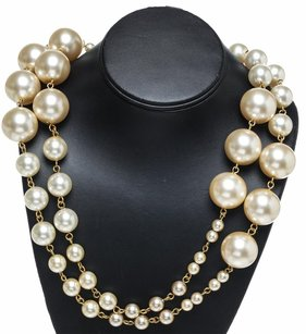 Chanel Chanel Pearl 01A Necklace (Large)