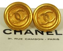 Chanel CHANEL VINTAGE CC LOGOS GOLD BUTTON EARRINGS CLIP-ON FRANCE
