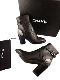 Chanel 14b Calf Leather Black Boots