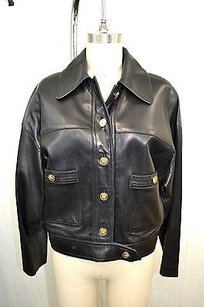 Chanel Boutique Vintage Black Jacket