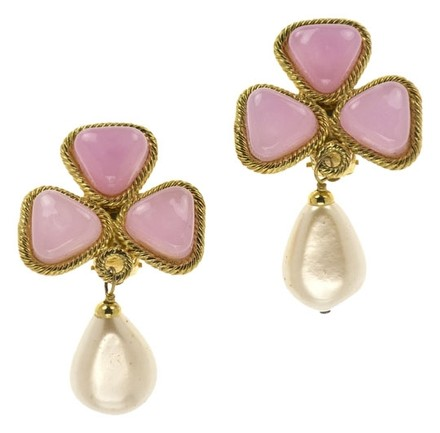 Chanel CHANEL VINTAGE PINK PEARL EARRINGS