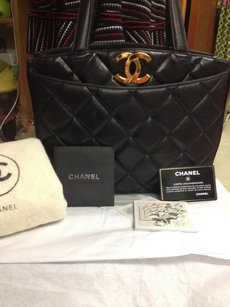 Chanel Super Rare Tote in BLACK