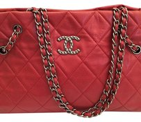 Chanel Tote in Red brick