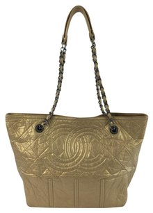 Chanel Gold Soft Tote in Soft Gold