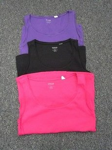 Chico's Lot Of Three Scoop Neck 1 Sma 9626 Top purple, black, bright pink