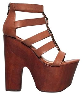 Chinese Laundry Synthetic Sole Synthetic Upper Heel Chunky Tan Sandals