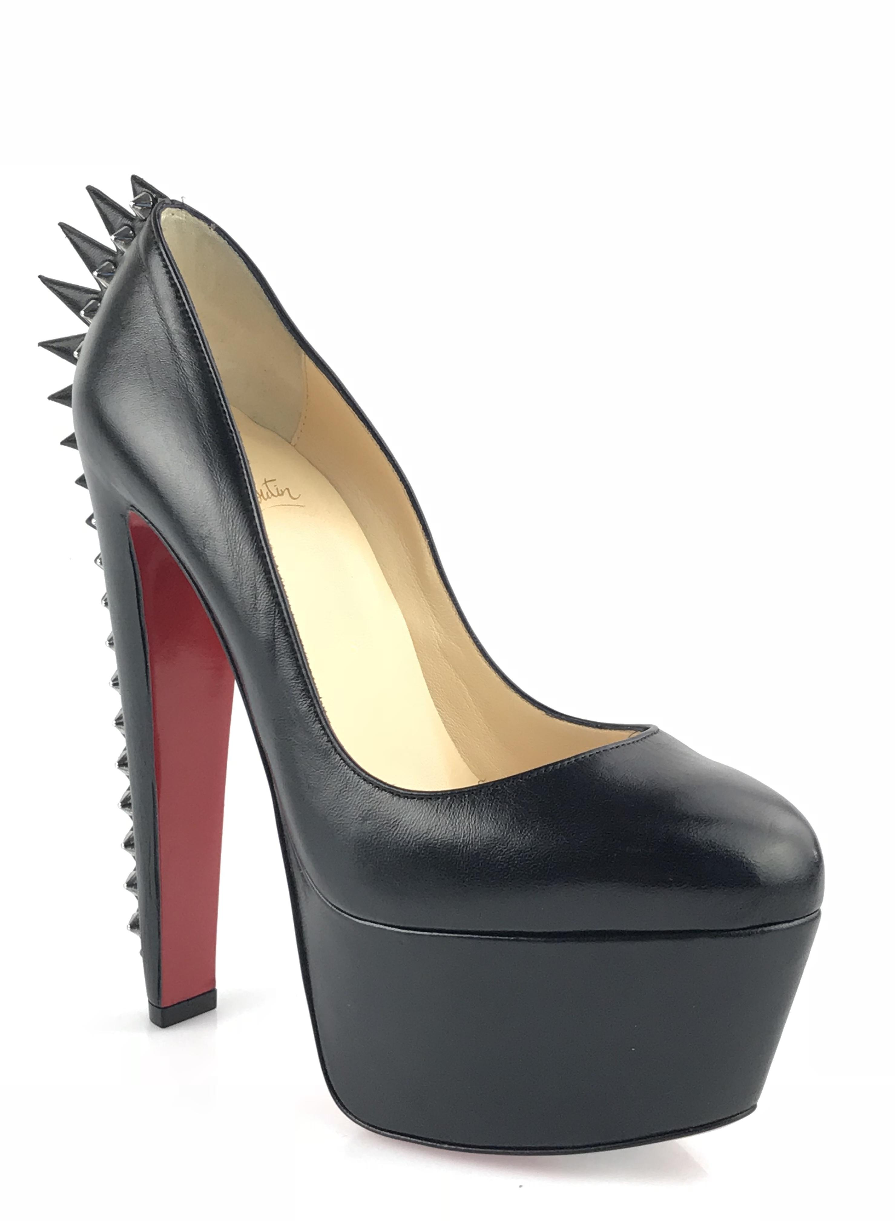 outlet with credit card Christian Louboutin Electropump 160 Spiked Pumps cheap latest perfect online clearance exclusive FQwrWmt