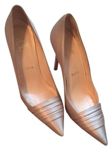 Christian Louboutin Champagne/Beige Pumps