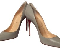 Christian Louboutin Gris Pumps