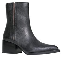 Circus by Sam Edelman Chelsea Closed-toe Black Boots