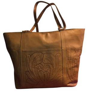 Clava Tote in Tan
