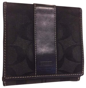 Coach coach compact bifold wallet with coin pouch