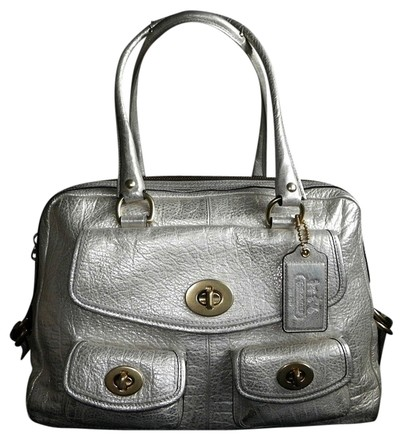 Preload https://item2.tradesy.com/images/coach-exclusive-archive-ltd-ed-peyton-legacy-tote-metallics-leather-satchel-734951-0-0.jpg?width=440&height=440