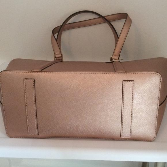 abd033ed3d916 ... where to buy coach tote in rosegold. 1234 db15b 6649b