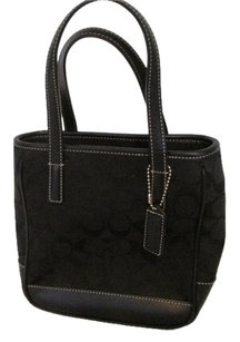 Coach Like New Tote in Black