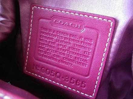 Coach Louis Vuitton Dooney Bourke Hermes Channel Rare Vintage Satchel in Pinks/Red