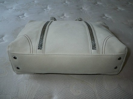 Coach Louis Vuitton Dooney Bourke Gucci Rare Tote in Ivory/Off White